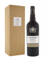Taylor Very Old Single Harvest Port 1965 w/box