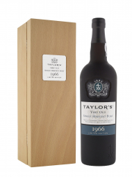 Taylor Very Old Single Harvest Port 1966 w/box