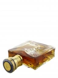 Johnnie Walker in Baccarat Crystal Decanter 700ml