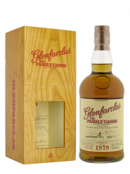 Glenfarclas Family Cask 1979 Cask 8074 Plain Butt bottled 2013 Single Malt 700ml w/box