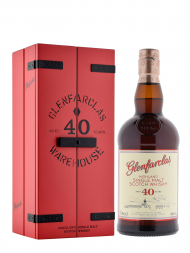 Glenfarclas 40 Year Old Single Malt Scotch Whisky w/wooden box 700ml