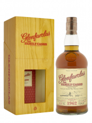 Glenfarclas Family Cask 1962 Cask 4126 A14 Plain Hogshead bottled 2014 Single Malt 700ml